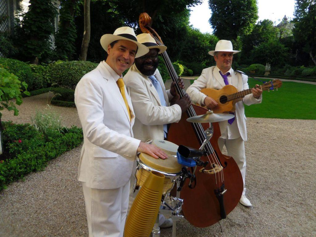 Groupe Latino en trio à la maison de l'Amérique Latine, Paris